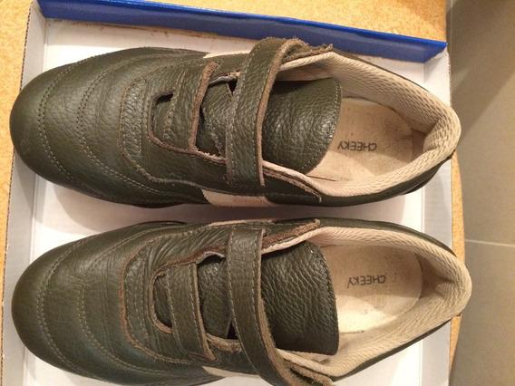 Zapatillas Verdes De Cuero