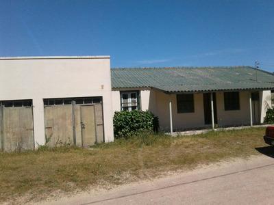Casa En Alquiler Barra Del Chuy Brasil . Fondo A La Playa