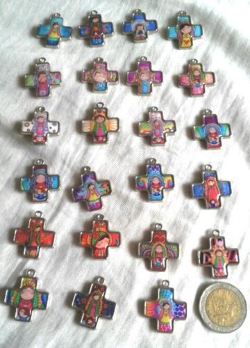 Flopi Accesorios: 12 Dijes Virgencita Porfis Souvenirs $200