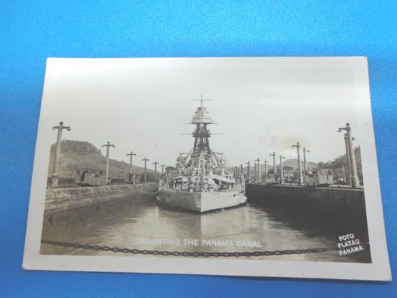 Antigua Postal Barco Cruzando El Canal De Panamá