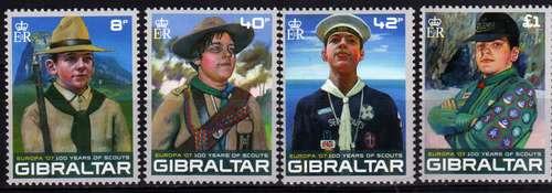 Novedad 4 Estampillas Gibraltar Tema Scouts Uniformes 2007
