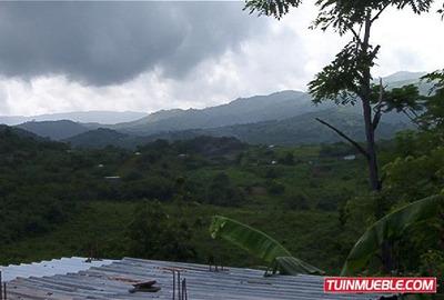 Terrenos En Venta En Santa Lucia Del Tuy Cb 16-12872