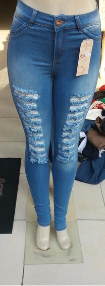 Calca Jeans Com Detalhes De Rasgo Tam 38 E 46 Vizzian
