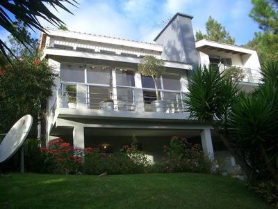 Villa , Amueblada, En Constanza.