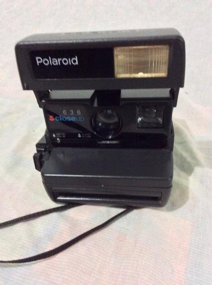- Camara Fotográfica Polaroid - Conservada 80-s