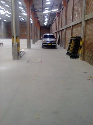 Excelente Bodega En Zona Industrial