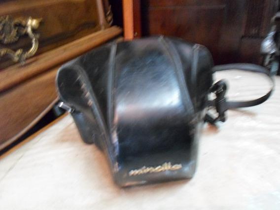 Câmera Antiga (minolta)
