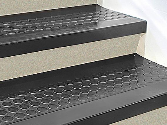 15 Pisos O Pasos De Caucho Negro Para Escalon De 121cmx30cm