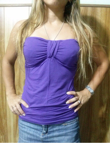 Remera Strapless Con Taza Color Violeta Talle S