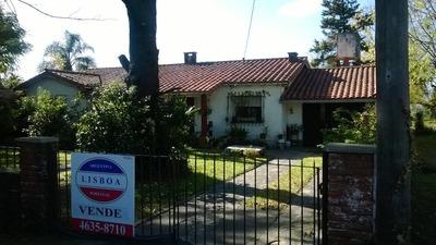 Excelente Casa En Ciudad Evita Con Lote De 830 M2