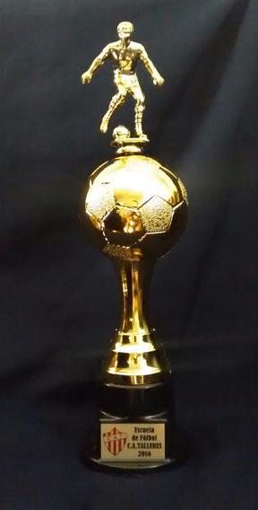 Trofeo Futbol Balon -31cm S/jug. -40 Cm C/jugador C/grabado