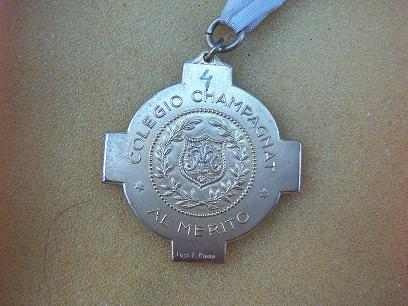 Medalla Colegio Champagnat  Al Merito Firmada
