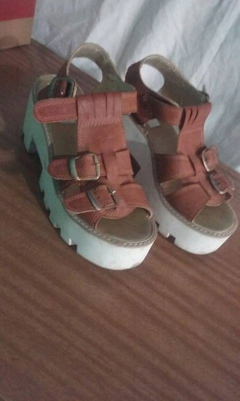 Zapatos Blancos Y Marrones
