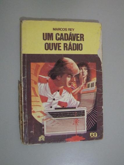 Livro Coleção Vagalume Um Cadáver Ouve O Rádio