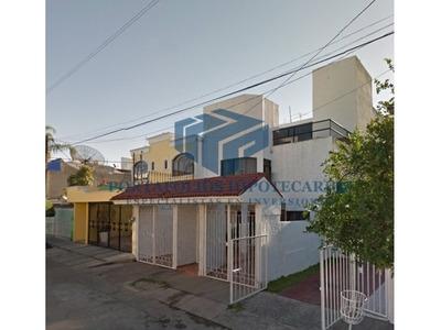 Bonita Casa En Independencia Oriente, Jalisco