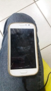 Samsung Galaxy Gran Duos Com Um Rachado Na Tela