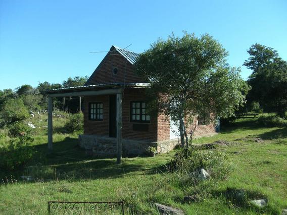 Venta 2 Casas De Excelente Acceso Y Ubicacion Villa Serrana
