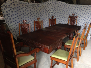Comedor Antiguo Nogal Tallado 8 Personas Trinchador Vitrina