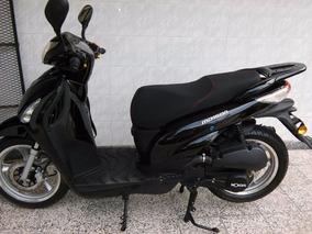 Scooter Mondial Md150n Con La Carpeta Para Patentar