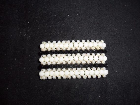 Pulseira Bracelete Em Cristal Acrílico Branco E Preto Grande