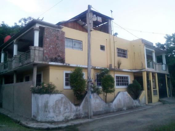 Casa En Jarabacoa, Buen Lugar Y Clima.