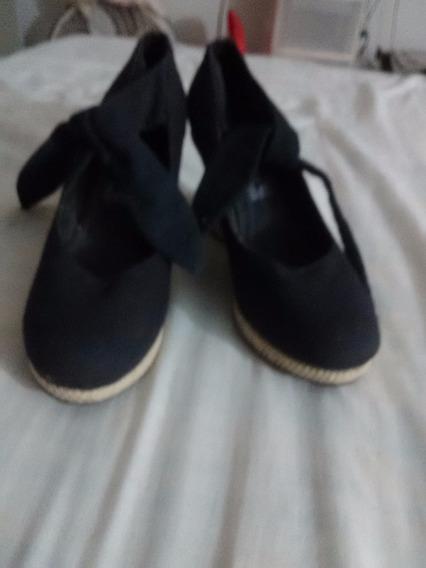 Zapatos Color Negro Talla 26