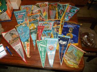 Lote De 35 Banderines De Coleccion Fotos ! Cada Uno .
