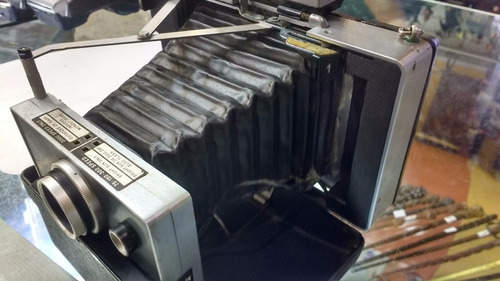 Câmera Polaroid 250 Automatic Land - Câmera Fotográfica