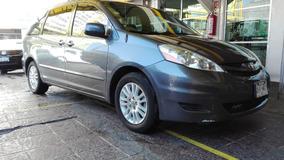 Toyota Sienna 2010 Azul