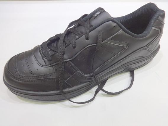 Zapatilla Talle Grande Seos 3002 Color Negro Y Bco