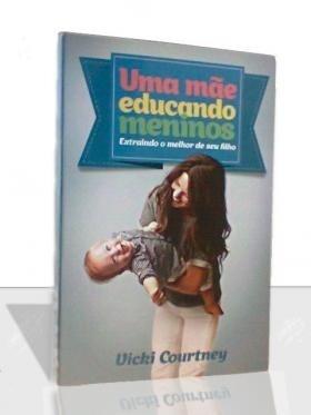 Uma Mãe Educando Meninos