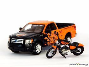 Ford F150 Pickup + Moto Harley Davidson 1200 Nightster 1:24