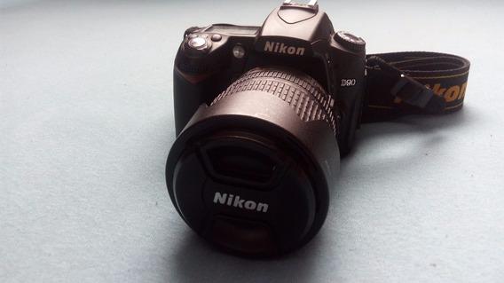 D90 Nikon + Lente 18-105 + Parasol + Carregador E 01 Bateria