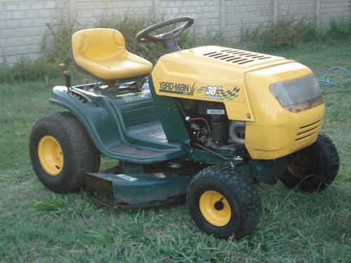 Imagen 1 de 2 de Tractor Corta Cesped/ Mini Tractor 13.5hp Mod 2010 Muy Bueno