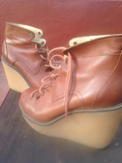 Zapatos Botineta Plataforma Paruolo Cuero .