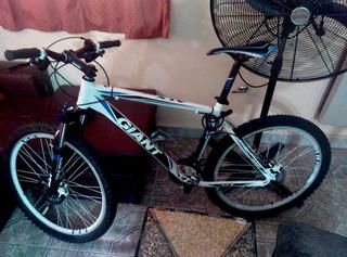 Bicicleta Mountainbike Giant Atx Ltd Shimano F. Hidraulico