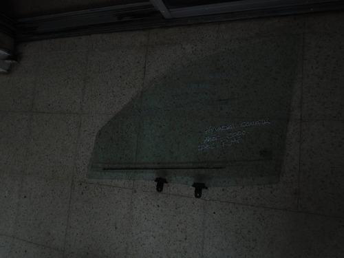 Vendo Vidrio Delantero Derecho De Hyundai Sonata, Año 2000