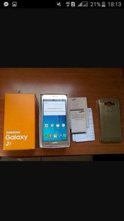 Samsung J7 Dourado