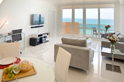 Ocean Front Village #12 ¨miami Beach¨ 2 Bed / 2 Bath...