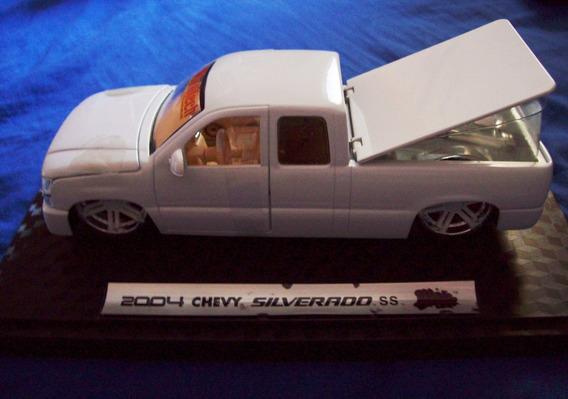 Chevy Silverado Ss (escala 1/24) Para Colecionadores
