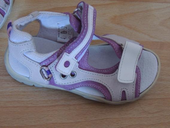 Sandalias De Nena Color Lila Y Blanco Numero 29 Importadas