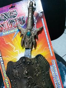 Escudo + 1 Espada Cavaleiro Medieval