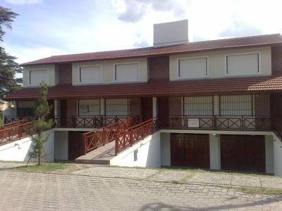 Duplex Amplio Cerca Del Mar!!!!