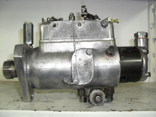 Imagem 1 de 3 de Bomba Injetora 3 Cil Trator Mf 55x