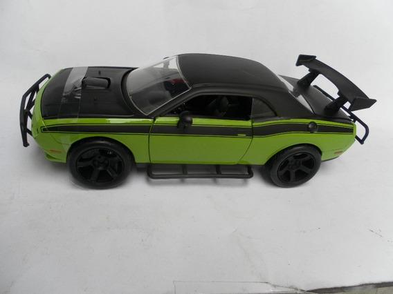 Miniatura Carro Velozes E Furiosos Dodge Charger Srt8 1/24