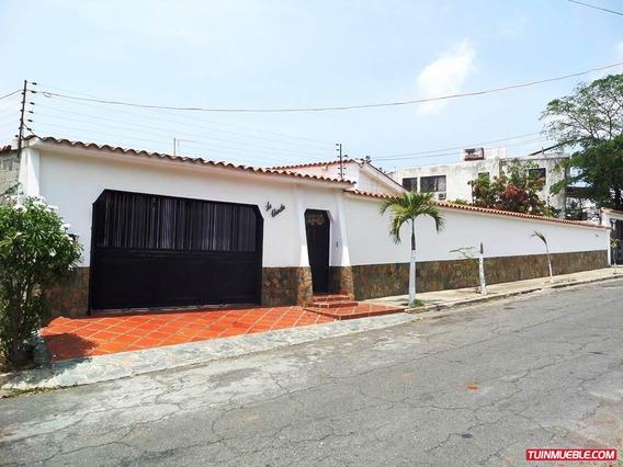 Casa Venta En Catia La Mar Mls #15-14978