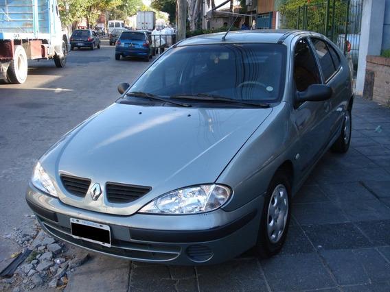 Permuto O Vendo Renault Megane 1.6. Excelente!!! Financio!!!