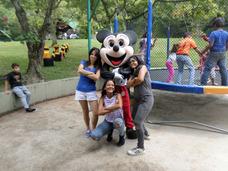 Alquiler De Muñecote Mickey, Minnie, Payasos