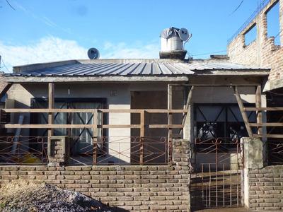 Vendo Casa En R. Calzada Se Escuchan Propuestas
