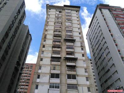 Apartamentos En Venta 17-366